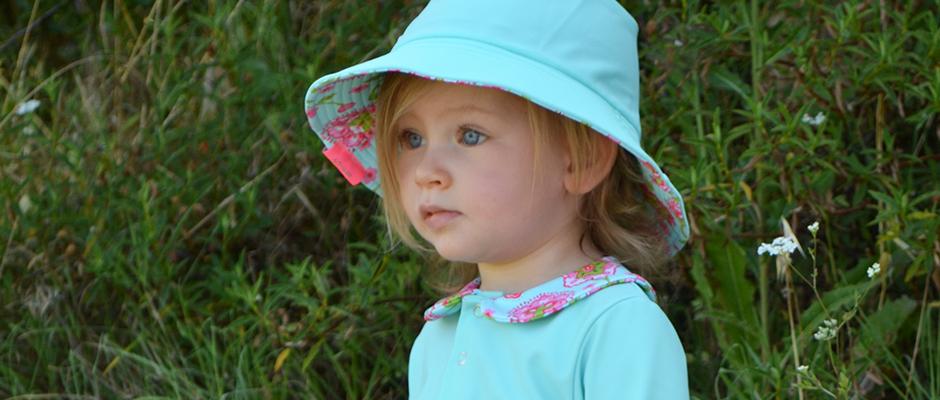 Un chapeau anti-UVpour les enfants : quand et pourquoi?